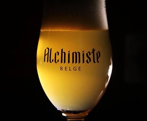 https://www.bier-ok.at/wp-content/uploads/2020/10/BierOK_Alchimiste_Bierverkostung_Salzburg3.jpg